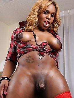 Shemale Ebony XXX
