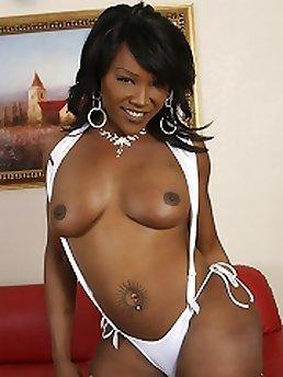 Shemale Ebony XXX
